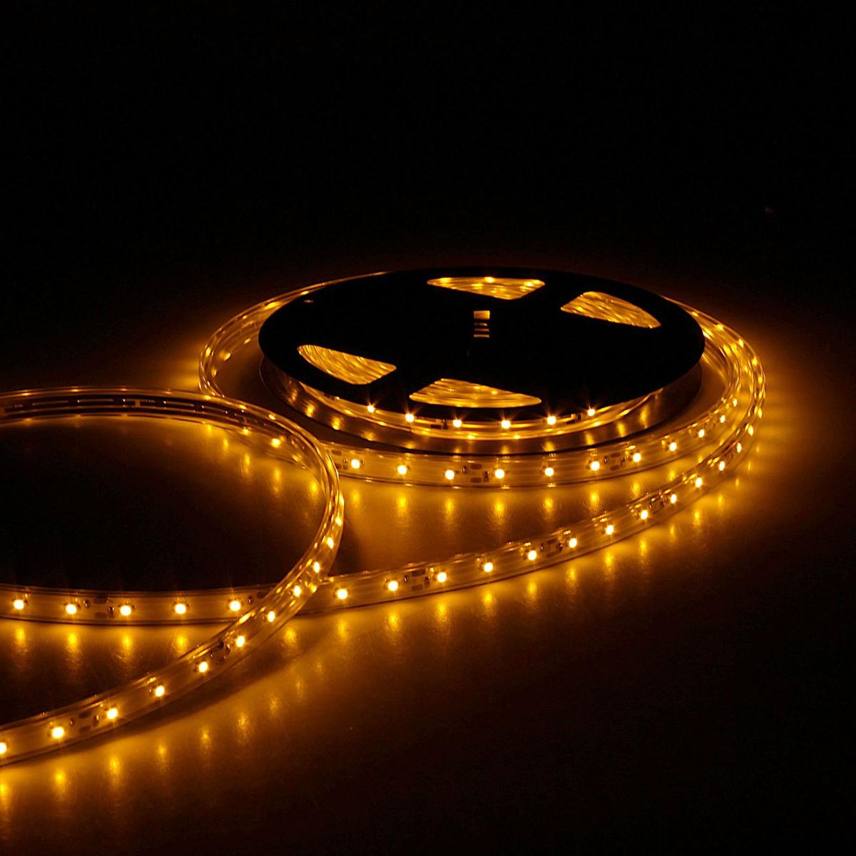 Светодиодная лента Sima-land, 12В, SMD3528, длина 5 м, IP68, 60 LED ламп, 4.8 Вт/м, 6-7 Лм/1 LED, DC, цвет: желтый. 848568848568Светодиодные гирлянды, ленты и т.д — это отличный вариант для новогоднего оформления интерьера или фасада. С их помощью помещение любого размера можно превратить в праздничный зал, а внешние элементы зданий, украшенные ими, мгновенно станут напоминать очертания сказочного дворца. Такие украшения создают ауру предвкушения чуда. Деревья, фасады, витрины, окна и арки будто специально созданы, чтобы вы украсили их светящимися нитями.