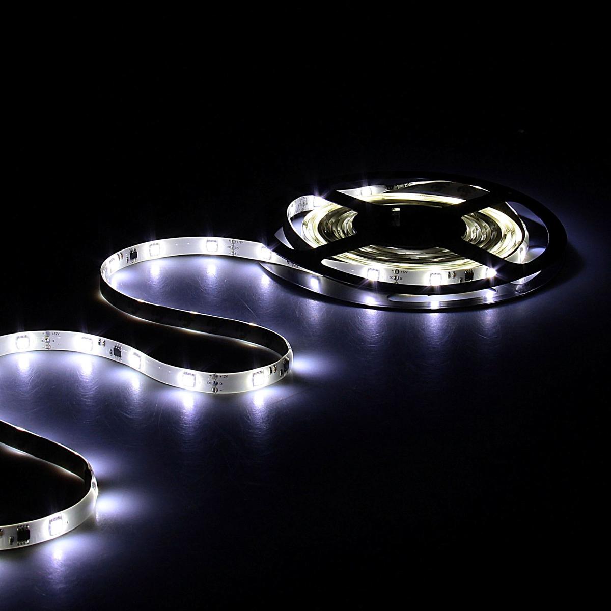 Светодиодная лента Sima-land, 12В, SMD5050, длина 5 м, IP65, 30 LED ламп, 7.2 Вт/м, 10-12 Лм/1 LED, DC, цвет: белый848577Светодиодные гирлянды, ленты и т.д — это отличный вариант для новогоднего оформления интерьера или фасада. С их помощью помещение любого размера можно превратить в праздничный зал, а внешние элементы зданий, украшенные ими, мгновенно станут напоминать очертания сказочного дворца. Такие украшения создают ауру предвкушения чуда. Деревья, фасады, витрины, окна и арки будто специально созданы, чтобы вы украсили их светящимися нитями.