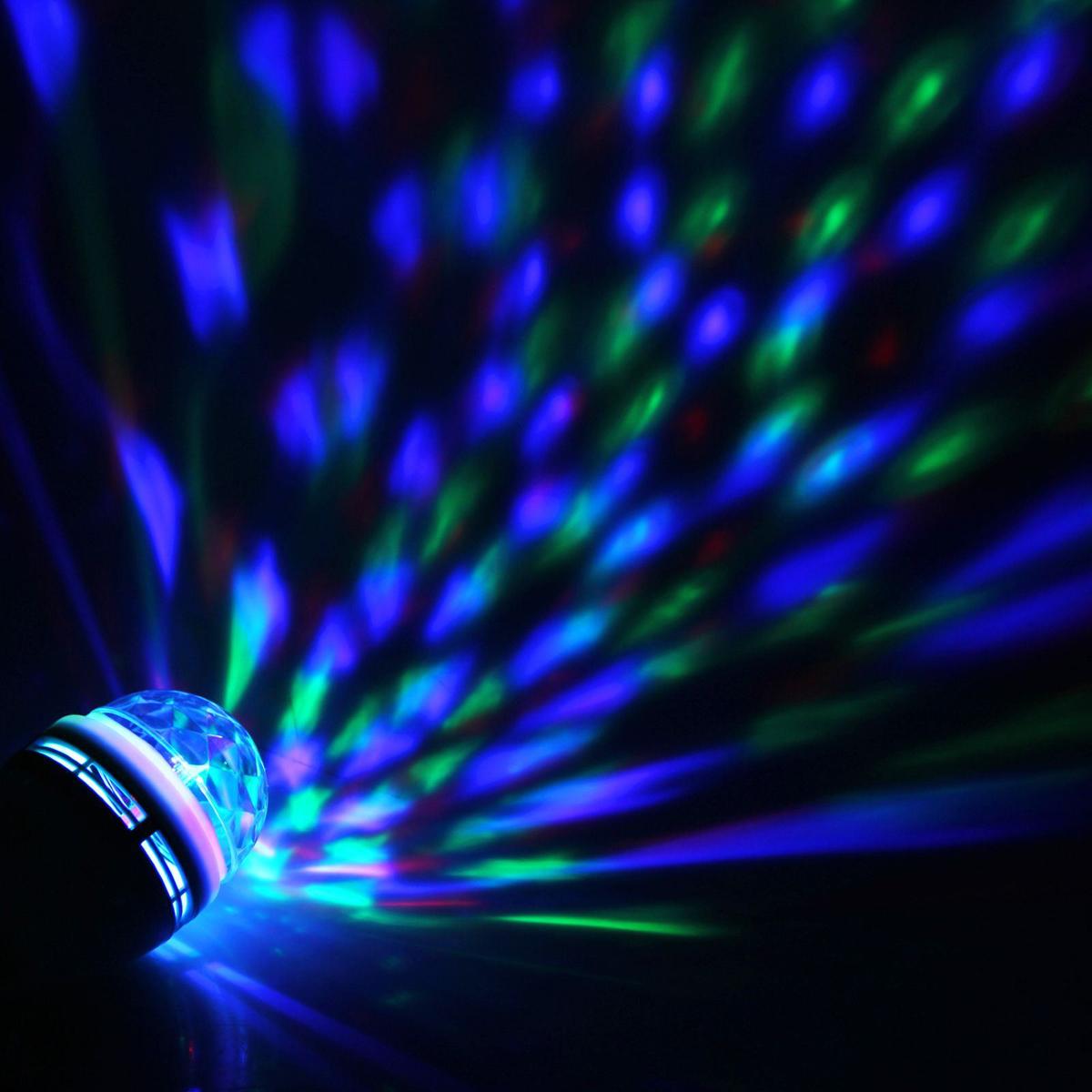 Лампа Luazon Хрустальный шар, диаметр 8 см, от USB, автоскручивающийся провод867654Светодиодные гирлянды, ленты и т.д — это отличный вариант для новогоднего оформления интерьера или фасада. С их помощью помещение любого размера можно превратить в праздничный зал, а внешние элементы зданий, украшенные ими, мгновенно станут напоминать очертания сказочного дворца. Такие украшения создают ауру предвкушения чуда. Деревья, фасады, витрины, окна и арки будто специально созданы, чтобы вы украсили их светящимися нитями.