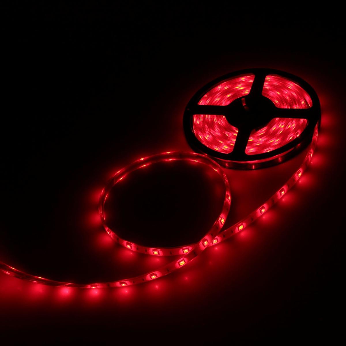 Светодиодная лента Luazon, 12В, SMD5050, длина 5 м, IP68, 30 LED ламп, 7.2 Вт/м, 14-16 Лм/1 LED, DC, цвет: красный883931Светодиодные гирлянды, ленты и т.д — это отличный вариант для новогоднего оформления интерьера или фасада. С их помощью помещение любого размера можно превратить в праздничный зал, а внешние элементы зданий, украшенные ими, мгновенно станут напоминать очертания сказочного дворца. Такие украшения создают ауру предвкушения чуда. Деревья, фасады, витрины, окна и арки будто специально созданы, чтобы вы украсили их светящимися нитями.