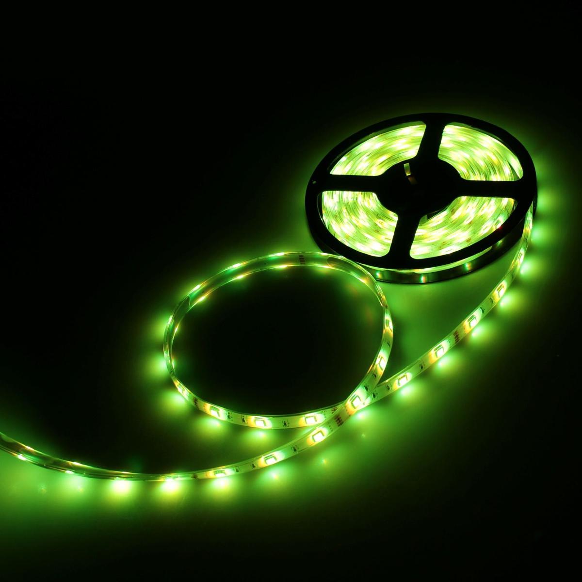 Светодиодная лента Luazon, 12В, SMD5050, длина 5 м, IP68, 30 LED ламп, 7.2 Вт/м, 14-16 Лм/1 LED, DC, цвет: желтый883932Светодиодные гирлянды, ленты и т.д — это отличный вариант для новогоднего оформления интерьера или фасада. С их помощью помещение любого размера можно превратить в праздничный зал, а внешние элементы зданий, украшенные ими, мгновенно станут напоминать очертания сказочного дворца. Такие украшения создают ауру предвкушения чуда. Деревья, фасады, витрины, окна и арки будто специально созданы, чтобы вы украсили их светящимися нитями.