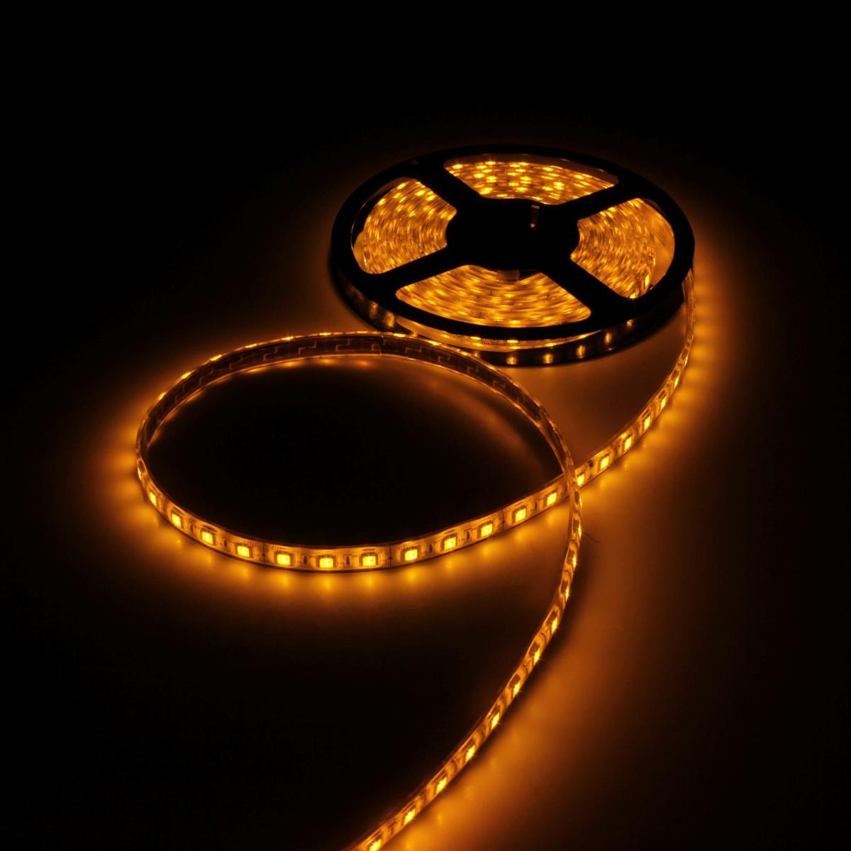 Светодиодная лента Luazon, 12В, SMD5050, длина 5 м, IP68, 60 LED ламп, 14.4 Вт/м, 14-16 Лм/1 LED, DC, цвет: желтый883956Светодиодные гирлянды, ленты и т.д — это отличный вариант для новогоднего оформления интерьера или фасада. С их помощью помещение любого размера можно превратить в праздничный зал, а внешние элементы зданий, украшенные ими, мгновенно станут напоминать очертания сказочного дворца. Такие украшения создают ауру предвкушения чуда. Деревья, фасады, витрины, окна и арки будто специально созданы, чтобы вы украсили их светящимися нитями.