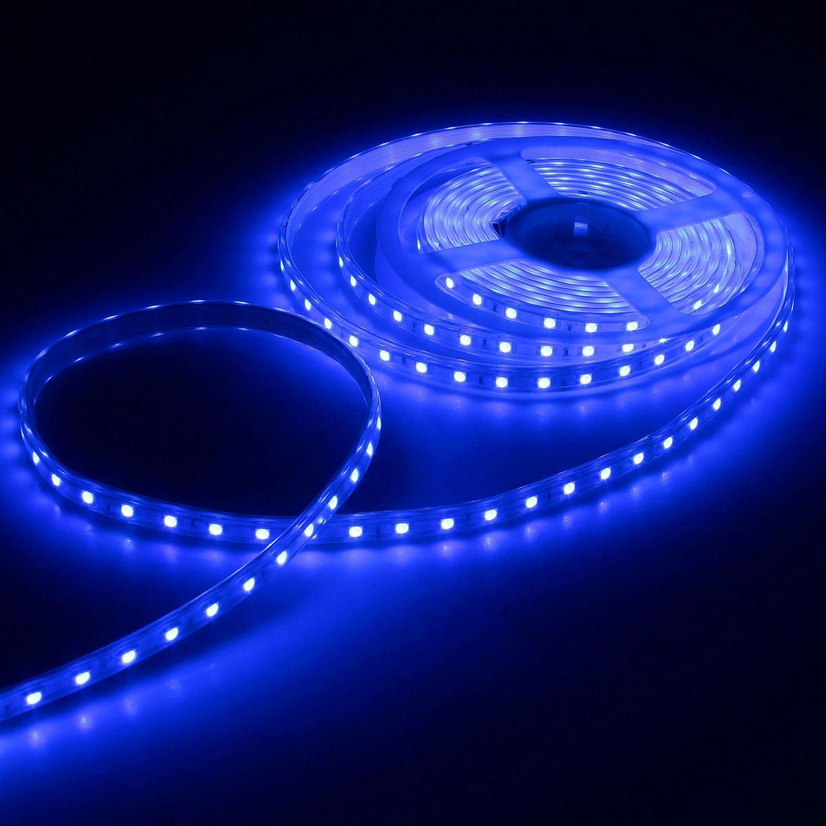 Светодиодная лента Luazon, 220В, SMD5050, длина 5 м, IP65, 60 LED ламп, 11 Вт/м, 16-18 Лм/1 LED, AC, цвет: синий883972Светодиодные гирлянды, ленты и т.д — это отличный вариант для новогоднего оформления интерьера или фасада. С их помощью помещение любого размера можно превратить в праздничный зал, а внешние элементы зданий, украшенные ими, мгновенно станут напоминать очертания сказочного дворца. Такие украшения создают ауру предвкушения чуда. Деревья, фасады, витрины, окна и арки будто специально созданы, чтобы вы украсили их светящимися нитями.