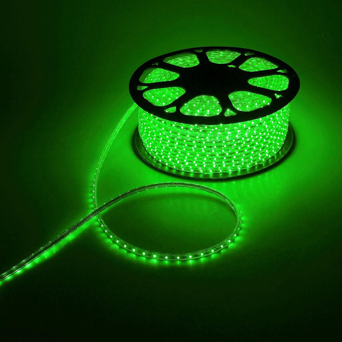 Светодиодная лента Luazon, 220В, SMD3528, длина 100 м, IP65, 60 LED ламп, 4.8 Вт/м, 16-18 Лм/1 LED, AC, цвет: зеленый883983Светодиодные гирлянды, ленты и т.д — это отличный вариант для новогоднего оформления интерьера или фасада. С их помощью помещение любого размера можно превратить в праздничный зал, а внешние элементы зданий, украшенные ими, мгновенно станут напоминать очертания сказочного дворца. Такие украшения создают ауру предвкушения чуда. Деревья, фасады, витрины, окна и арки будто специально созданы, чтобы вы украсили их светящимися нитями.