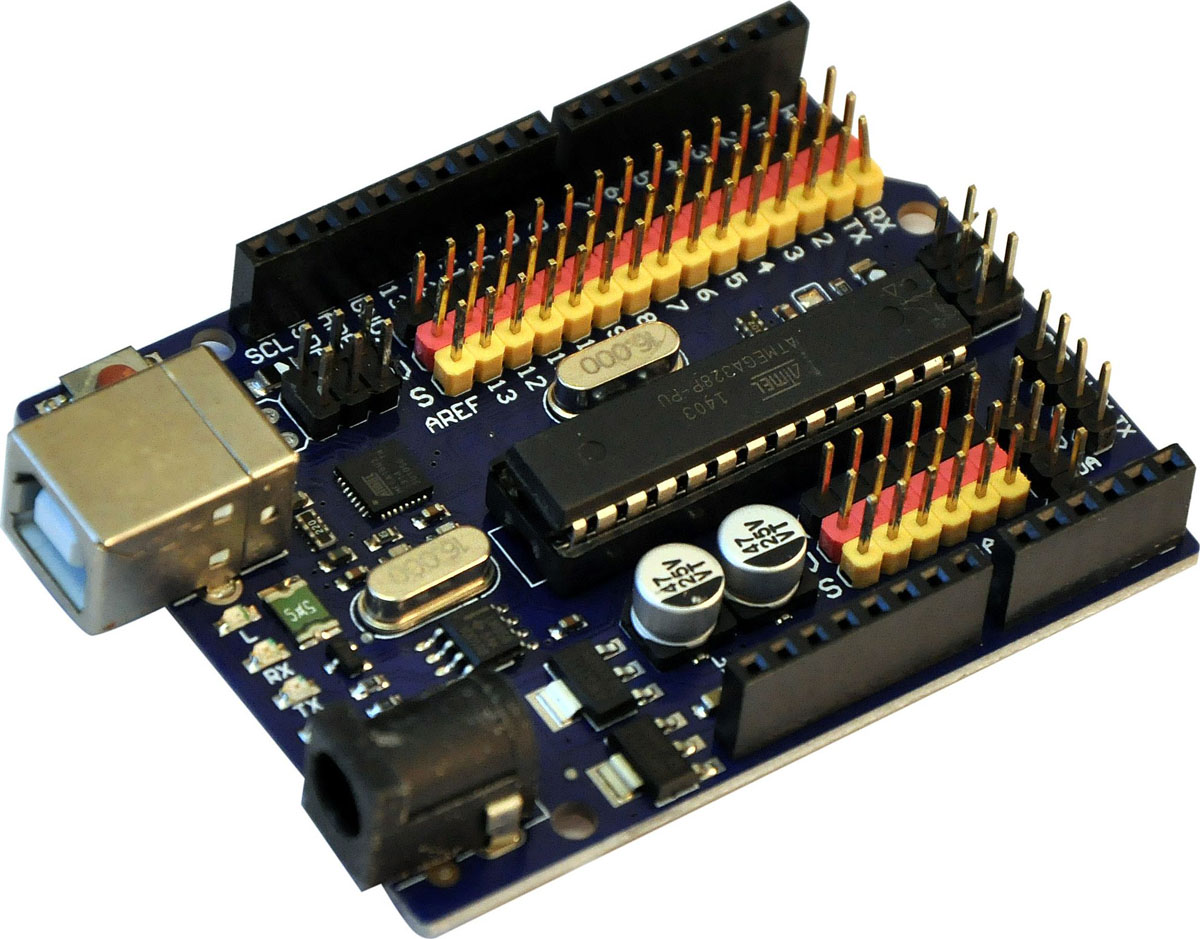 Arduino Uno R3 контроллер с серво-коннекторами