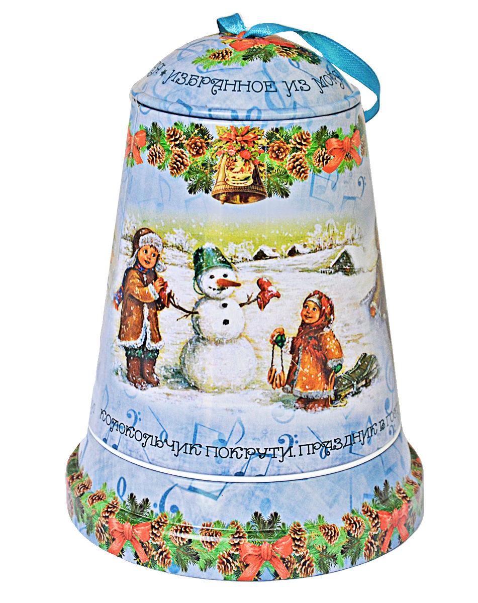 Избранное из моря чая Коллекция Музыкальный колокольчик. Зимние радости чай черный листовой, 50 г4791029066431ТМ «ИЗБРАННОЕ ИЗ МОРЯ ЧАЯ», коллекция Музыкальный колокольчик - Зимние радости, жестяная банка в форме колокольчика, с музыкальным механизмом, покрыта глянцевым лаком. Производитель: Mabroc Teas, Шри-Ланка, Состав: 100% цейлонский черный чай. Стандарт ОРА (крупный лист). Листья для этого чая собирают с кустов после того, как почки полностью раскрываются. В сухой заварке листья должны быть крупными (от 8 до 15 мм) и однородными. Этот сорт практически не содержит типсов, но имеет высокое содержание ароматических масел, и поэтому настой чая очень ароматен. Также этот чай характерен вкусом с горчинкой благодаря большому содержанию дубильных веществ. Чай упакован в фольгу для сохранения свежести и аромата. Этот чай упакован в пачки из фольги в Шри-Ланке сразу после сбора урожая, в период созревания чая, когда он наполнен полезными веществами и эфирными маслами. Знак в виде Льва с 17 пятнышками на шкуре - это гарантия Бюро Цейлонского Чая на соответствие чая высокому стандарту качества, установленному Правительством и упакованному только в пределах Шри-Ланки.