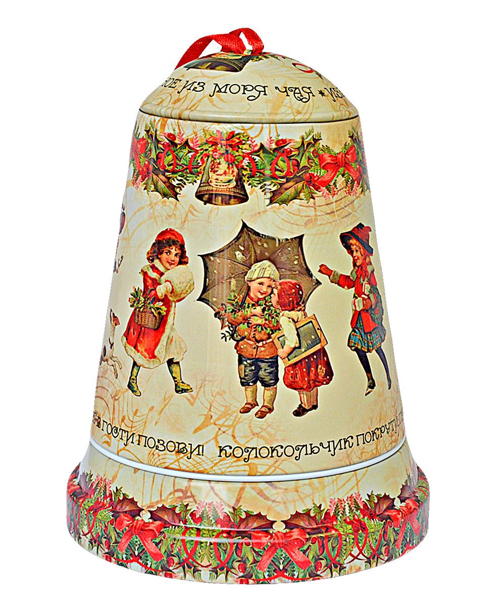 Избранное из моря чая Коллекция Музыкальный колокольчик. Рождественская мелодия чай черный листовой, 50 г4791029066455ТМ «ИЗБРАННОЕ ИЗ МОРЯ ЧАЯ», коллекция Музыкальный колокольчик - Рождественская мелодия, жестяная банка в форме колокольчика, с музыкальным механизмом, покрыта глянцевым лаком. Производитель: Mabroc Teas, Шри-Ланка, Состав: 100% цейлонский черный чай. Стандарт ОРА (крупный лист). Листья для этого чая собирают с кустов после того, как почки полностью раскрываются. В сухой заварке листья должны быть крупными (от 8 до 15 мм) и однородными. Этот сорт практически не содержит типсов, но имеет высокое содержание ароматических масел, и поэтому настой чая очень ароматен. Также этот чай характерен вкусом с горчинкой благодаря большому содержанию дубильных веществ. Чай упакован в фольгу для сохранения свежести и аромата. Этот чай упакован в пачки из фольги в Шри-Ланке сразу после сбора урожая, в период созревания чая, когда он наполнен полезными веществами и эфирными маслами. Знак в виде Льва с 17 пятнышками на шкуре - это гарантия Бюро Цейлонского Чая на соответствие чая высокому стандарту качества, установленному Правительством и упакованному только в пределах Шри-Ланки.