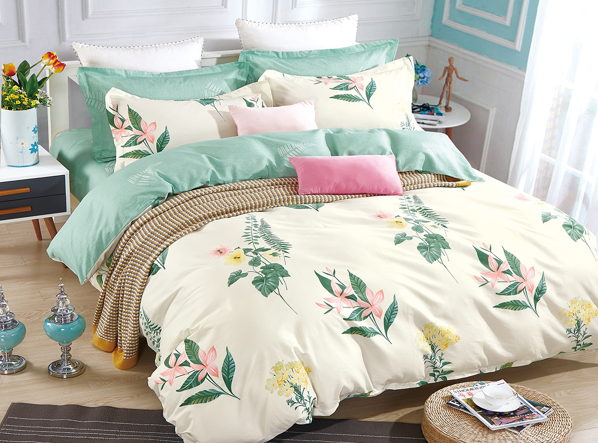 Комплект белья Soft Line, 2-спальный, наволочки 50x70. 1052510525Постельное бельё SL из сатина с декоративной отделкой