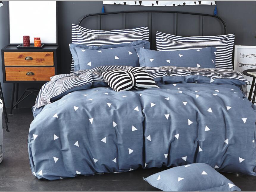 Комплект белья Soft Line, 2-спальный, наволочки 50x70. 1058910589Постельное бельё SL из сатина с декоративной отделкой