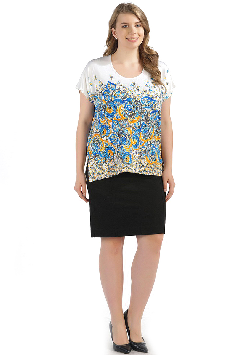Блузка женская Pretty Women Рим, цвет: бело-голубой. Размер 62РимСтильная женская блузка, выполненная из комбинированного материала, идеально сочетает в себе стиль и комфорт. Модель свободного покроя с короткими рукавами и круглым вырезом горловины.