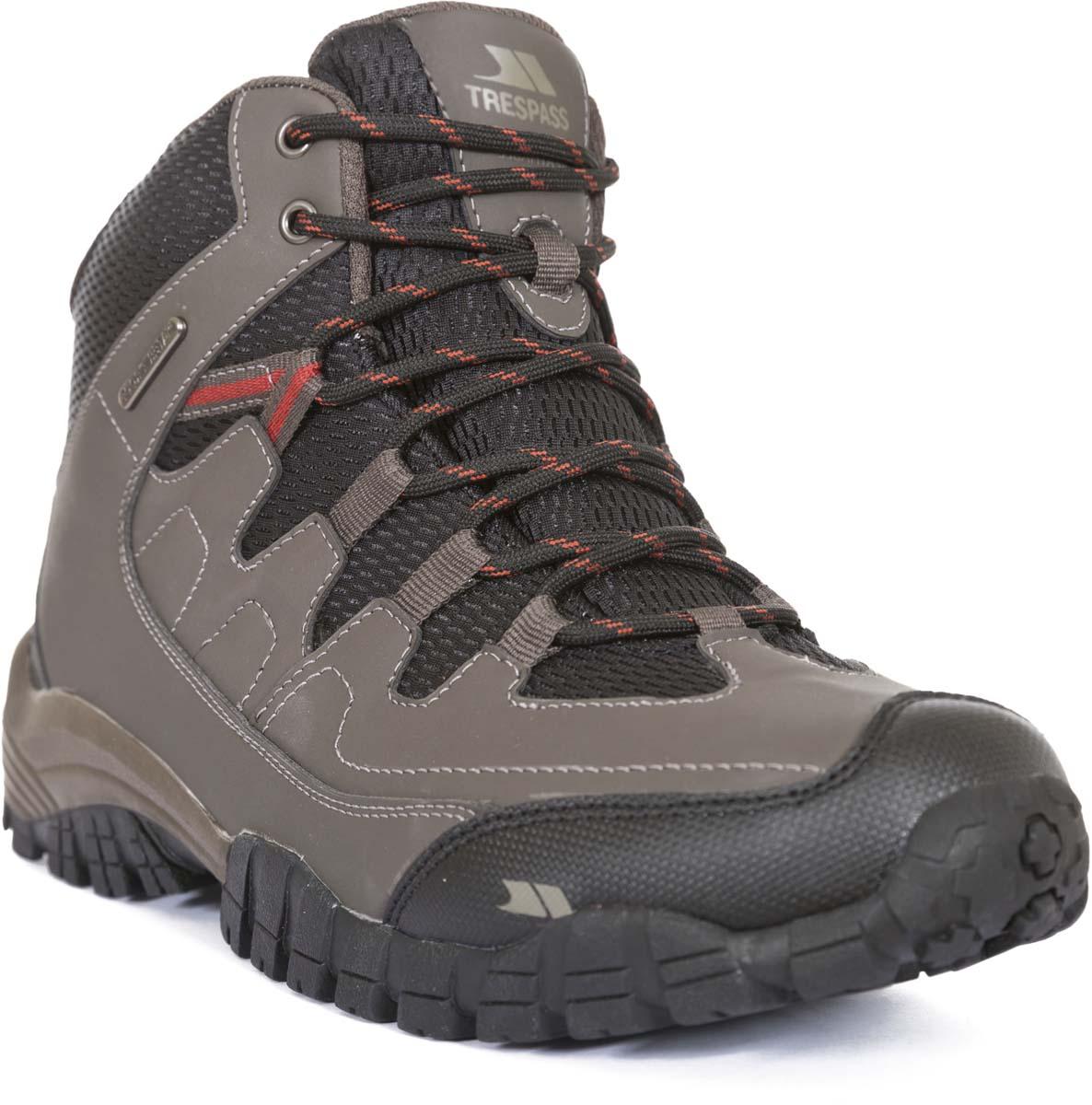 Ботинки трекинговые мужские Trespass Finley, цвет: бежевый. MAFOBOM30005. Размер 45MAFOBOM30005ехнологичные трекинговые ботинки от Trespass выполнены из мембранного материала. Утеплены микроволоконным утеплителем. На ноге фиксируются при помощи шнуровки.