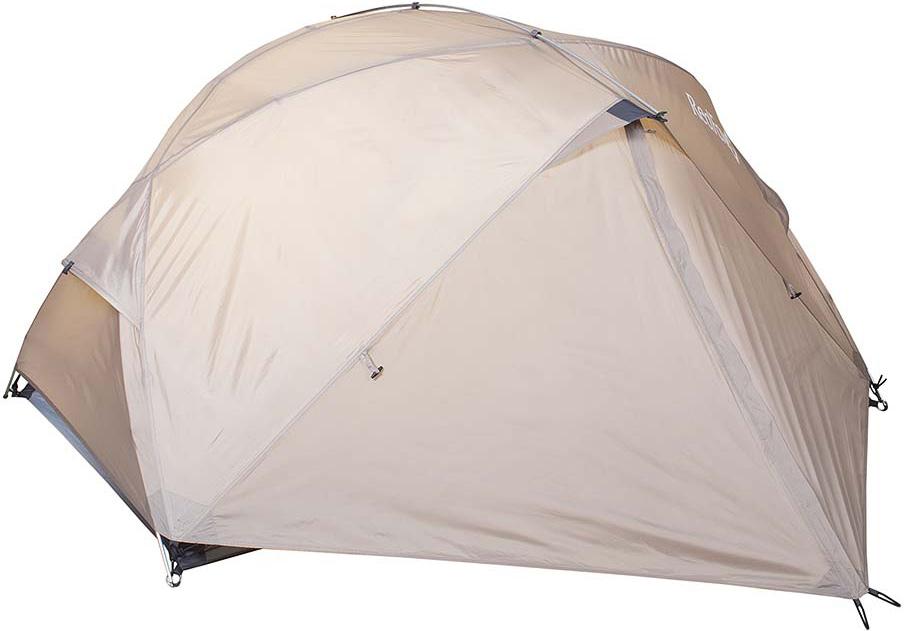 Палатка Red Fox Challenger 2, цвет: светло-бежевый33782Комфортная палатка для активного отдыха и туризма. Модель легко устанавливается одним человеком, обладает исключительно прочным каркасом. В жаркое время возможно установить внутреннюю палатку отдельно. В модели продуманы два входа и два вместительных тамбура, вентиляционные окна на молнии, входы внутренней палатки продублированы противомоскитными сетками. Тент: Polyester 190T W/R PU 7000 Палатка: Polyester 190T W/R BR Дно: Nylon 190T W/R PU 9000 Стойки: Алюминий 7001-Т6, d 8.5 Вместимость: 2 Вес, кг: 2,6 Размеры, см: (95х2+130)х220х115 см Габариты в сложенном виде, см: 45x20x20