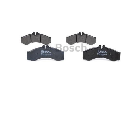 Колодки тормозные дисковые передние Bosch 986424832986424832