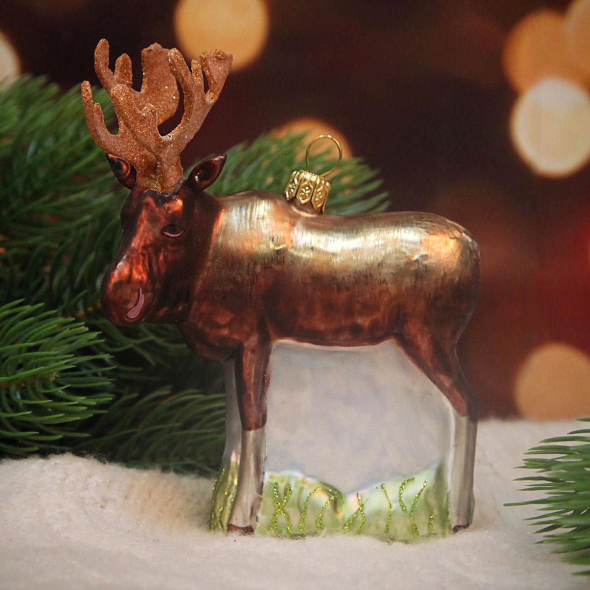 Украшение новогоднее елочное Hanco Design Лось, высота 12 см106354Невозможно представить нашу жизнь без праздников! Мы всегда ждём их и предвкушаем, обдумываем, как проведём памятный день, тщательно выбираем подарки и аксессуары, ведь именно они создают и поддерживают торжественный настрой.