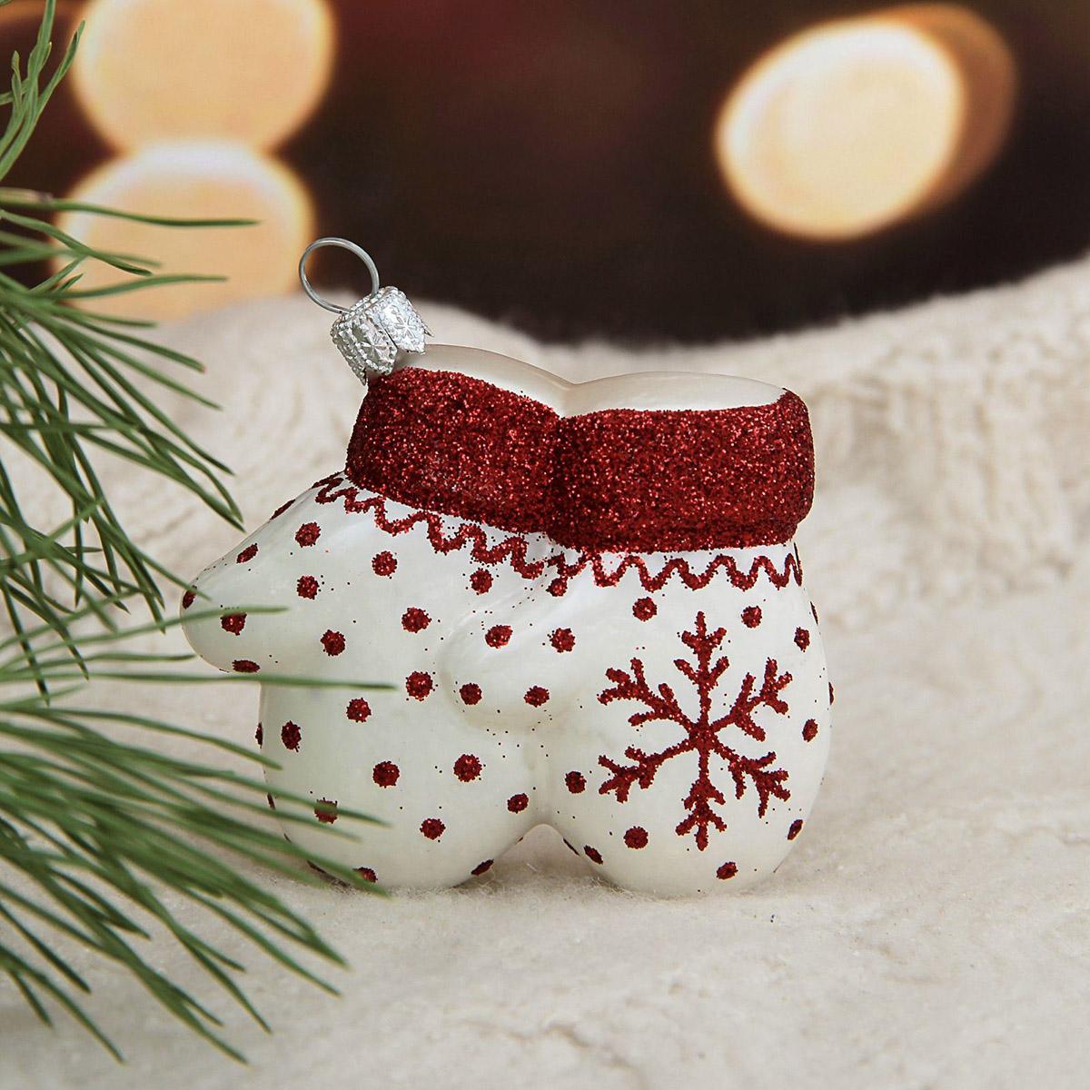 Украшение новогоднее елочное Hanco Design Варежки белые, высота 7 см106425Невозможно представить нашу жизнь без праздников! Мы всегда ждём их и предвкушаем, обдумываем, как проведём памятный день, тщательно выбираем подарки и аксессуары, ведь именно они создают и поддерживают торжественный настрой.