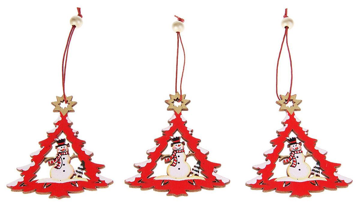 Украшение новогоднее подвесное Sima-land Елка со снеговиком, 7 х 8,5 см, 3 шт196Невозможно представить нашу жизнь без праздников! Мы всегда ждём их и предвкушаем, обдумываем, как проведём памятный день, тщательно выбираем подарки и аксессуары, ведь именно они создают и поддерживают торжественный настрой.