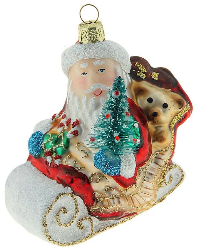Новогоднее подвесное украшение Sima-land Дед Мороз в санках, 8 х 8,5 см188179Новогоднее украшение Sima-land отлично подойдет для декорации вашего дома и новогодней ели. Елочная игрушка - символ Нового года. Она несет в себе волшебство и красоту праздника. Такое украшение создаст в вашем доме атмосферу праздника, веселья и радости.