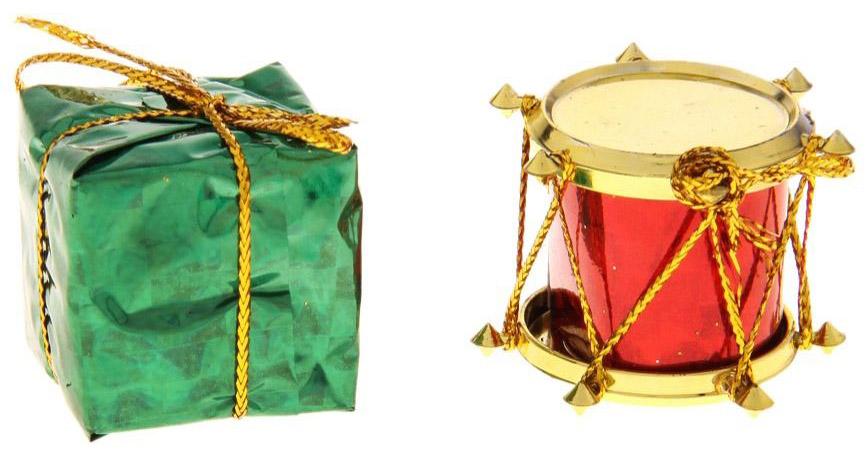 Набор новогодних подвесных украшений Sima-land 3 деда мороза, 3 шара, 3 барабана, 3 подарка, 1 колокол, 13 шт730236Невозможно представить нашу жизнь без праздников! Мы всегда ждём их и предвкушаем, обдумываем, как проведём памятный день, тщательно выбираем подарки и аксессуары, ведь именно они создают и поддерживают торжественный настрой.