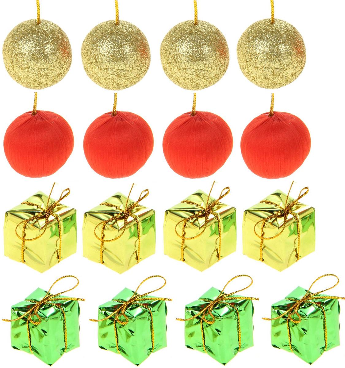 Набор новогодних подвесных украшений Sima-land 8 подарков, 8 шариков, 16 шт825939Набор новогодних подвесных украшений Sima-land изготовлен из пластика. Изделия имеют плотный корпус, поэтому не разобьются при падении.Невозможно представить нашу жизнь без праздников! Новогодние украшения несут в себе волшебство и красоту праздника. Создайте в своем доме атмосферу тепла, веселья и радости, украшая его всей семьей.В наборе 16 украшений.