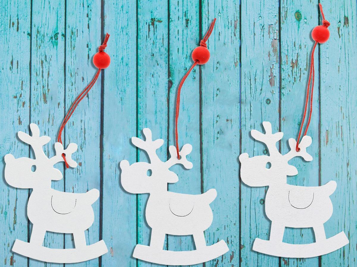 Украшение новогоднее подвесное Sima-land Сказочный олень, 6 х 6 см, 3 шт1032692Невозможно представить нашу жизнь без праздников! Мы всегда ждём их и предвкушаем, обдумываем, как проведём памятный день, тщательно выбираем подарки и аксессуары, ведь именно они создают и поддерживают торжественный настрой.