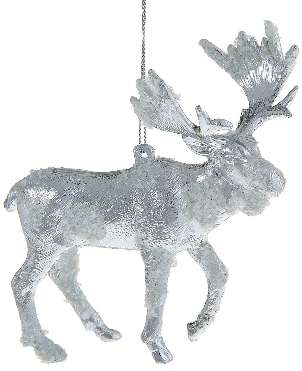 Новогоднее подвесное украшение Sima-land Волшебство. Лось снежный, 13,5 х 11 см1060595Новогоднее украшение Sima-land отлично подойдет для декорации вашего дома и новогодней ели. Елочная игрушка - символ Нового года. Она несет в себе волшебство и красоту праздника. Такое украшение создаст в вашем доме атмосферу праздника, веселья и радости.