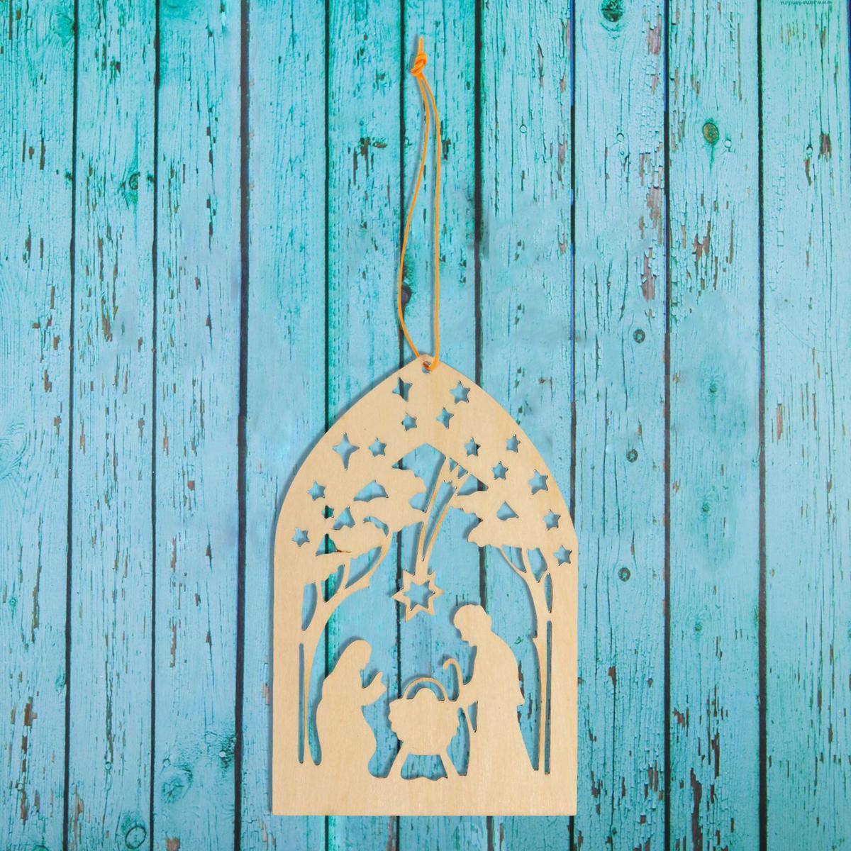Новогоднее подвесное украшение Sima-land Ночь на рождество, под роспись, 6,5 х 10 см1393680Новогоднее украшение Sima-land отлично подойдет для декорации вашего дома и новогодней ели. Елочная игрушка - символ Нового года. Она несет в себе волшебство и красоту праздника. Такое украшение создаст в вашем доме атмосферу праздника, веселья и радости.