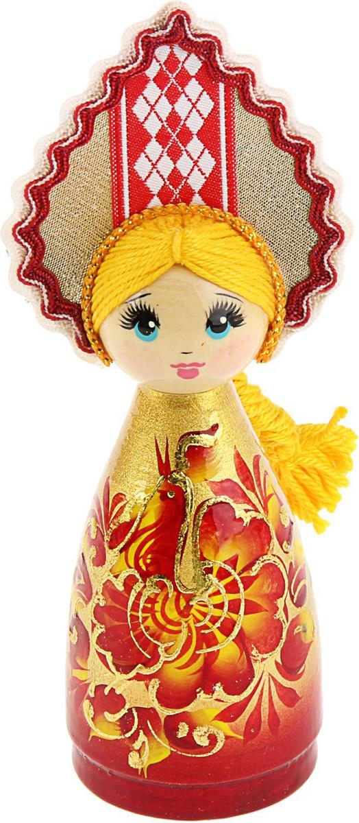Новогоднее подвесное украшение Sima-land Кукла, 4,3 х 5,5 х 15 см1564064Новогоднее украшение Sima-land отлично подойдет для декорации вашего дома и новогодней ели. Украшение оснащено специальной петелькой для подвешивания. Елочная игрушка - символ Нового года. Она несет в себе волшебство и красоту праздника. Такое украшение создаст в вашем доме атмосферу праздника, веселья и радости.