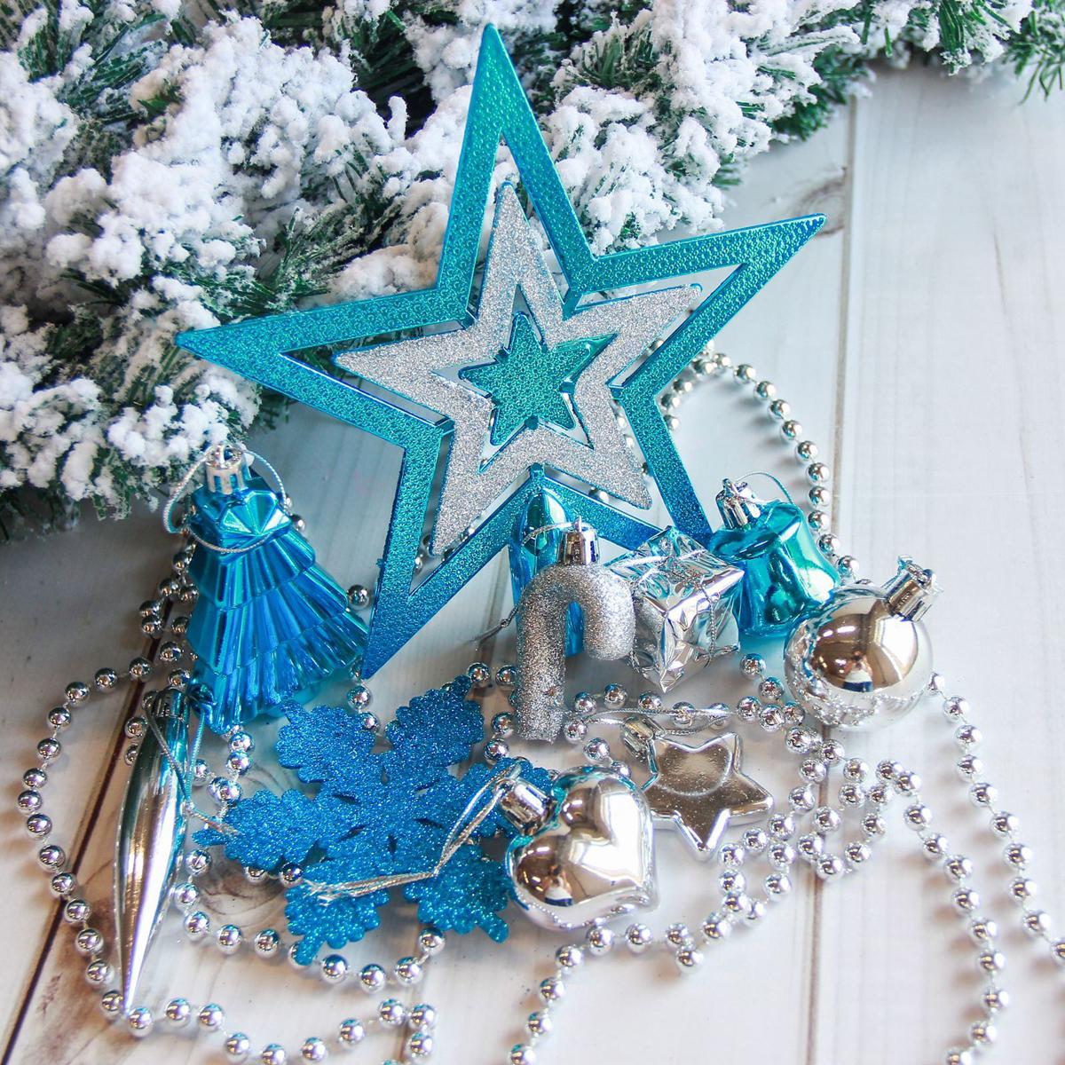 """Новогодние украшения """"Sima-land"""" изготовлены из пластика. Изделия имеют плотный корпус, поэтому не разобьются при падении.Невозможно представить нашу жизнь без праздников! Новогодние украшения несут в себе волшебство и красоту праздника. Создайте в своем доме атмосферу тепла, веселья и радости, украшая его всей семьей.В наборе 27 штук."""
