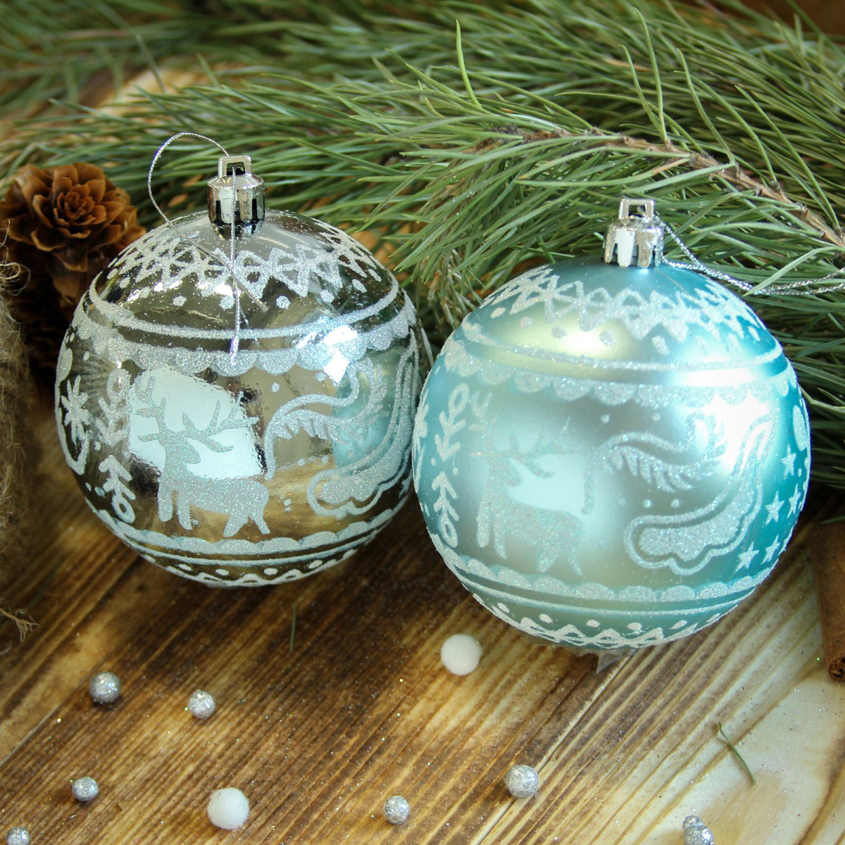 Набор новогодних подвесных украшений Sima-land Зимний олень, цвет: голубой, диаметр 8 см, 6 шт2122972Набор новогодних подвесных украшений Sima-land отлично подойдет для декорации вашего дома и новогодней ели. С помощью специальной петельки украшение можно повесить в любом понравившемся вам месте. Но, конечно, удачнее всего оно будет смотреться на праздничной елке. Елочная игрушка - символ Нового года. Она несет в себе волшебство и красоту праздника. Создайте в своем доме атмосферу веселья и радости, украшая новогоднюю елку нарядными игрушками, которые будут из года в год накапливать теплоту воспоминаний.