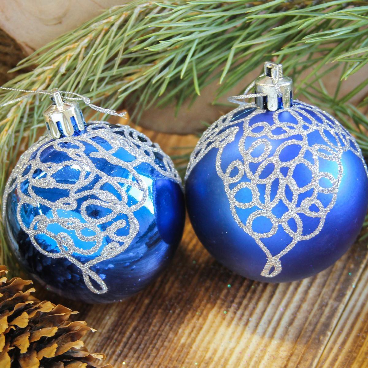 Набор новогодних подвесных украшений Sima-land Кружева, цвет: синий, диаметр 8 см, 6 шт2122974Набор новогодних подвесных украшений Sima-land отлично подойдет для декорации вашего дома и новогодней ели. С помощью специальной петельки украшение можно повесить в любом понравившемся вам месте. Но, конечно, удачнее всего оно будет смотреться на праздничной елке. Елочная игрушка - символ Нового года. Она несет в себе волшебство и красоту праздника. Создайте в своем доме атмосферу веселья и радости, украшая новогоднюю елку нарядными игрушками, которые будут из года в год накапливать теплоту воспоминаний.