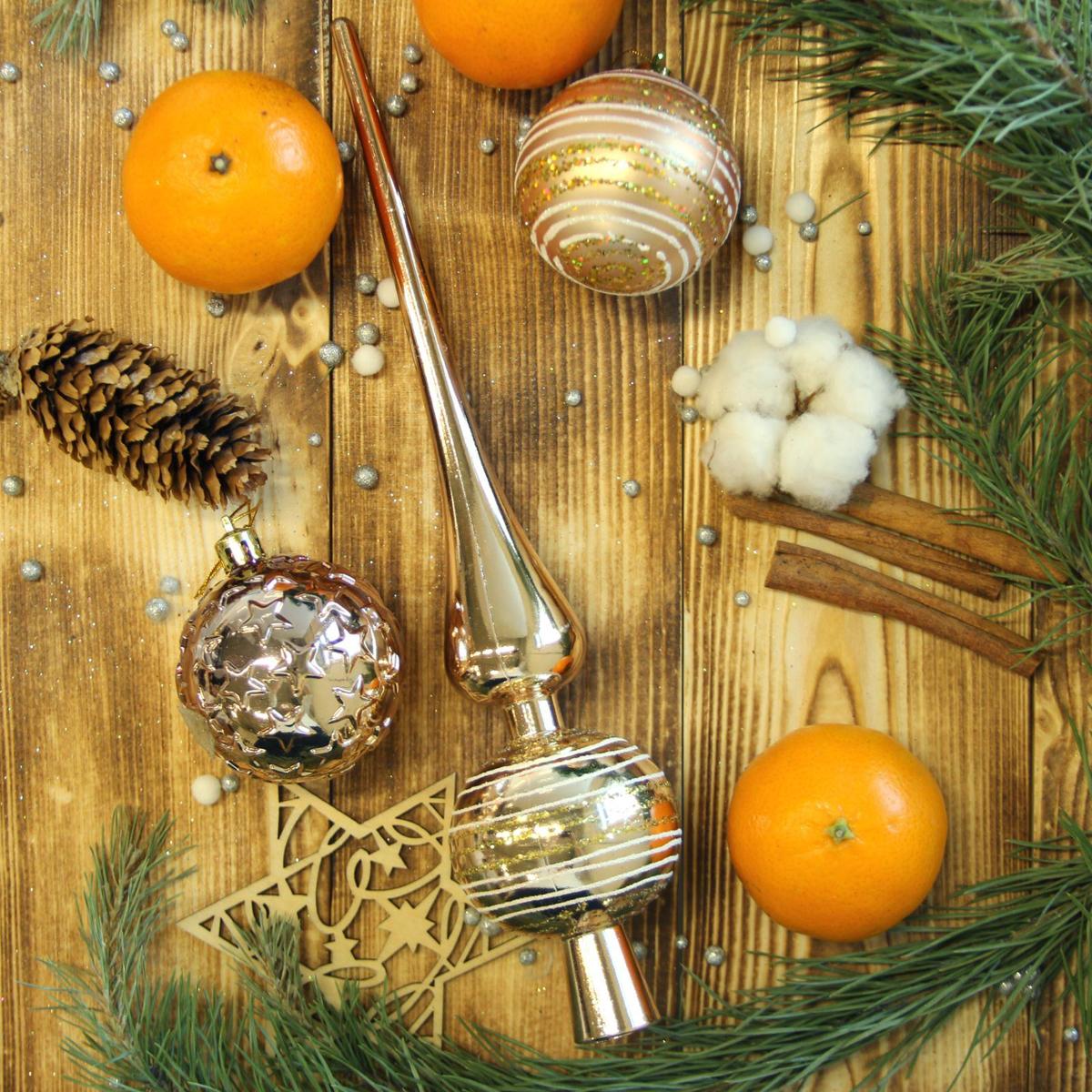 Набор новогодних подвесных украшений Sima-land, с макушкой, 19 шт. 21230172123017Набор новогодних подвесных украшений Sima-land отлично подойдет для декорации вашего дома и новогодней ели. С помощью специальной петельки украшение можно повесить в любом понравившемся вам месте. Но, конечно, удачнее всего оно будет смотреться на праздничной елке. В комплект входит макушка для ели. Елочная игрушка - символ Нового года. Она несет в себе волшебство и красоту праздника. Создайте в своем доме атмосферу веселья и радости, украшая новогоднюю елку нарядными игрушками, которые будут из года в год накапливать теплоту воспоминаний.