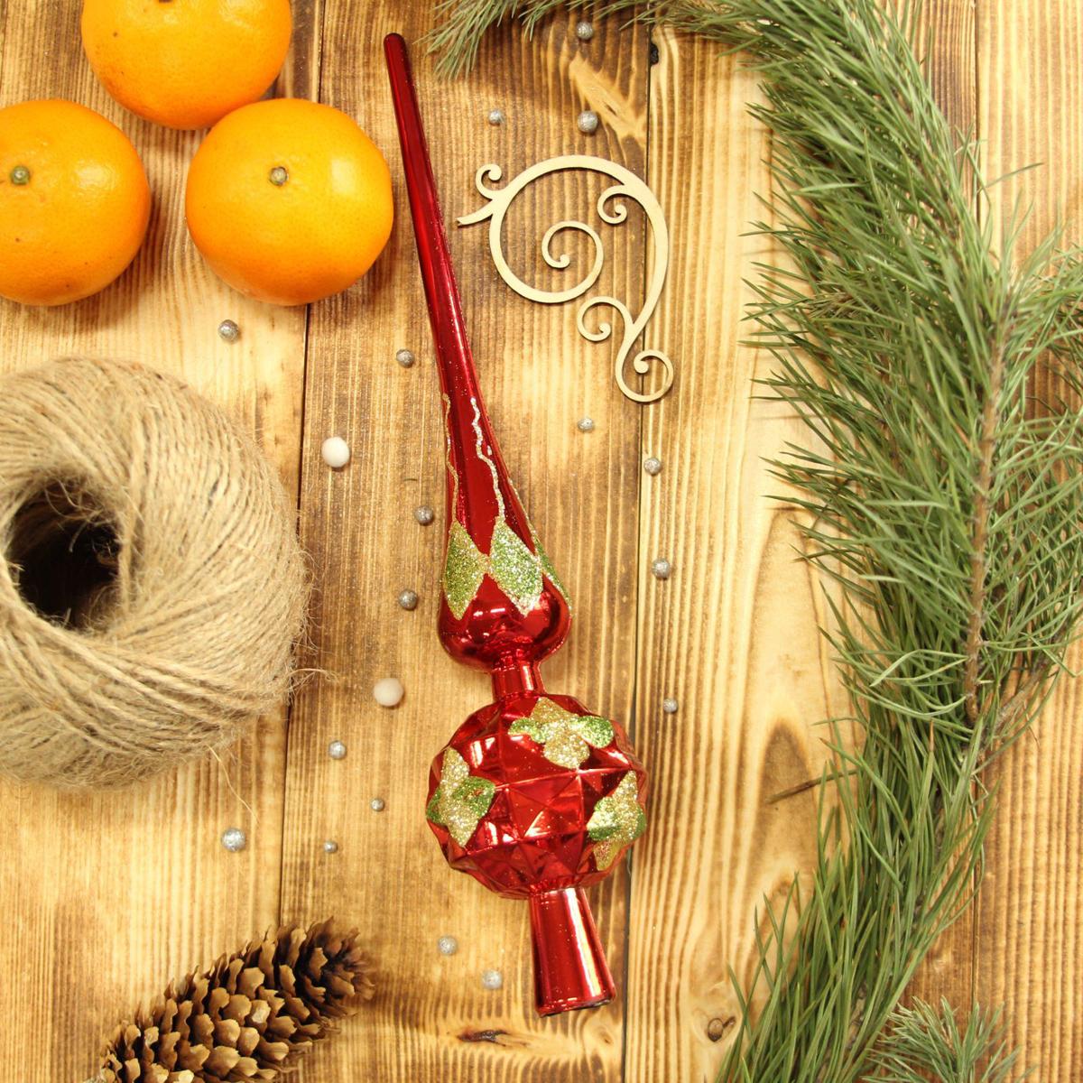 Верхушка на елку Sima-land Рельеф, 27,5 см. 21230472123047Верхушка на елку Sima-land будет прекрасно смотреться на новогодней еле. Верхушка на елку - одно из главных новогодних украшений лесной красавицы. Она принесет в ваш дом ни с чем не сравнимое ощущение праздника! Новогодние украшения несут в себе волшебство. Они помогут вам украсить дом к предстоящим праздникам и оживить интерьер по вашему вкусу. Создайте в доме атмосферу тепла, веселья и радости, украшая его всей семьей.