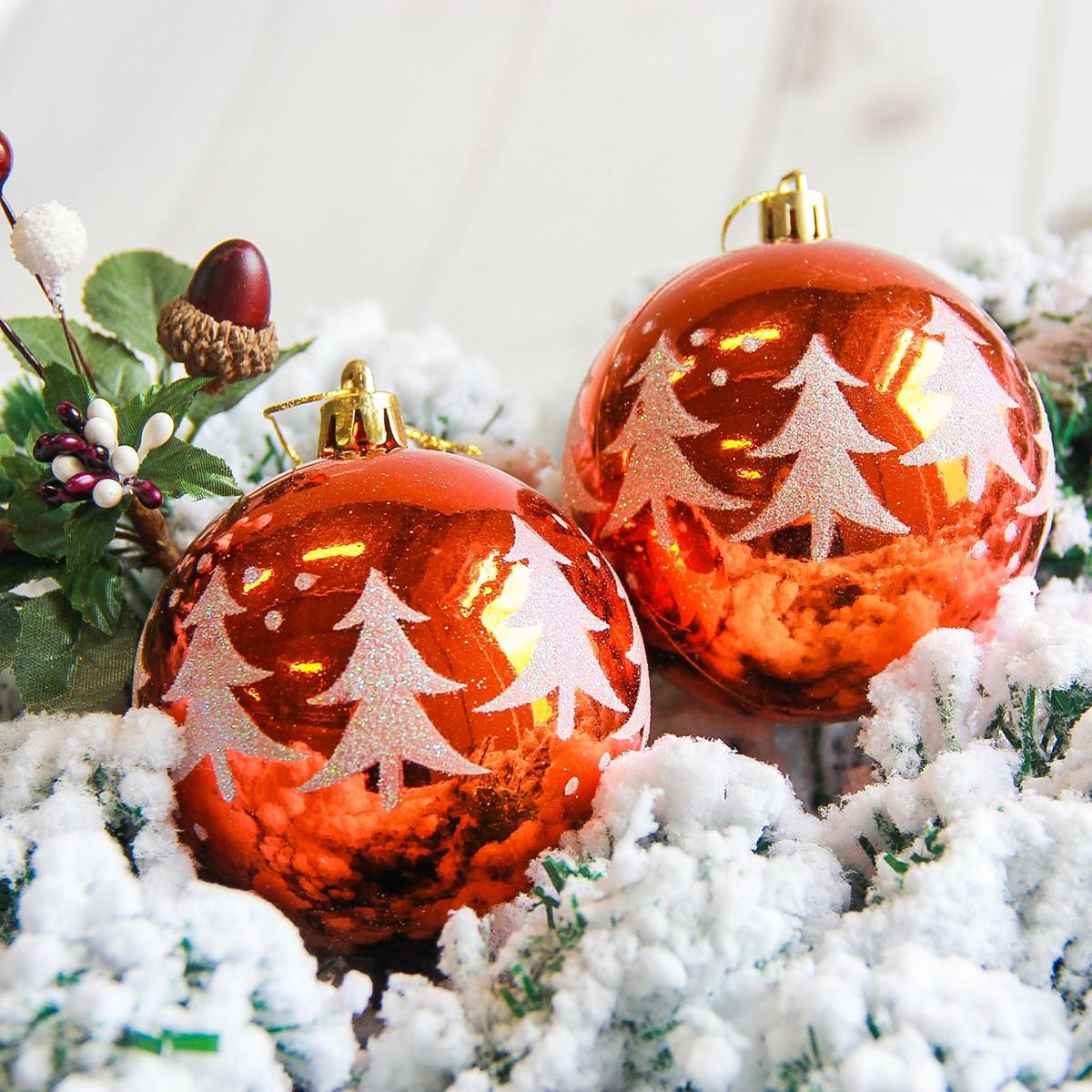 Набор новогодних подвесных украшений Sima-land Елочки, диаметр 8 см, 6 шт. 2178189 свеча ароматизированная sima land лимон на подставке высота 6 см