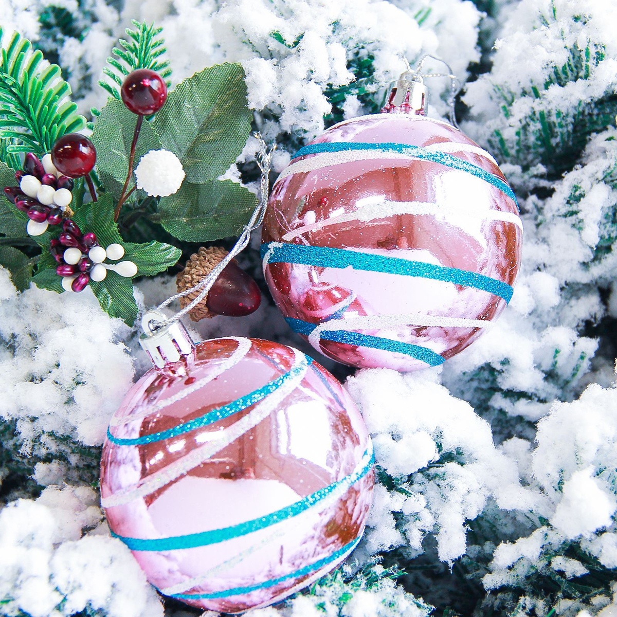 Набор новогодних подвесных украшений Sima-land Орион, цвет: розовый, диаметр 7 см, 6 шт2178198Набор новогодних подвесных украшений Sima-land отлично подойдет для декорации вашего дома и новогодней ели. С помощью специальной петельки украшение можно повесить в любом понравившемся вам месте. Но, конечно, удачнее всего оно будет смотреться на праздничной елке. Елочная игрушка - символ Нового года. Она несет в себе волшебство и красоту праздника. Создайте в своем доме атмосферу веселья и радости, украшая новогоднюю елку нарядными игрушками, которые будут из года в год накапливать теплоту воспоминаний.