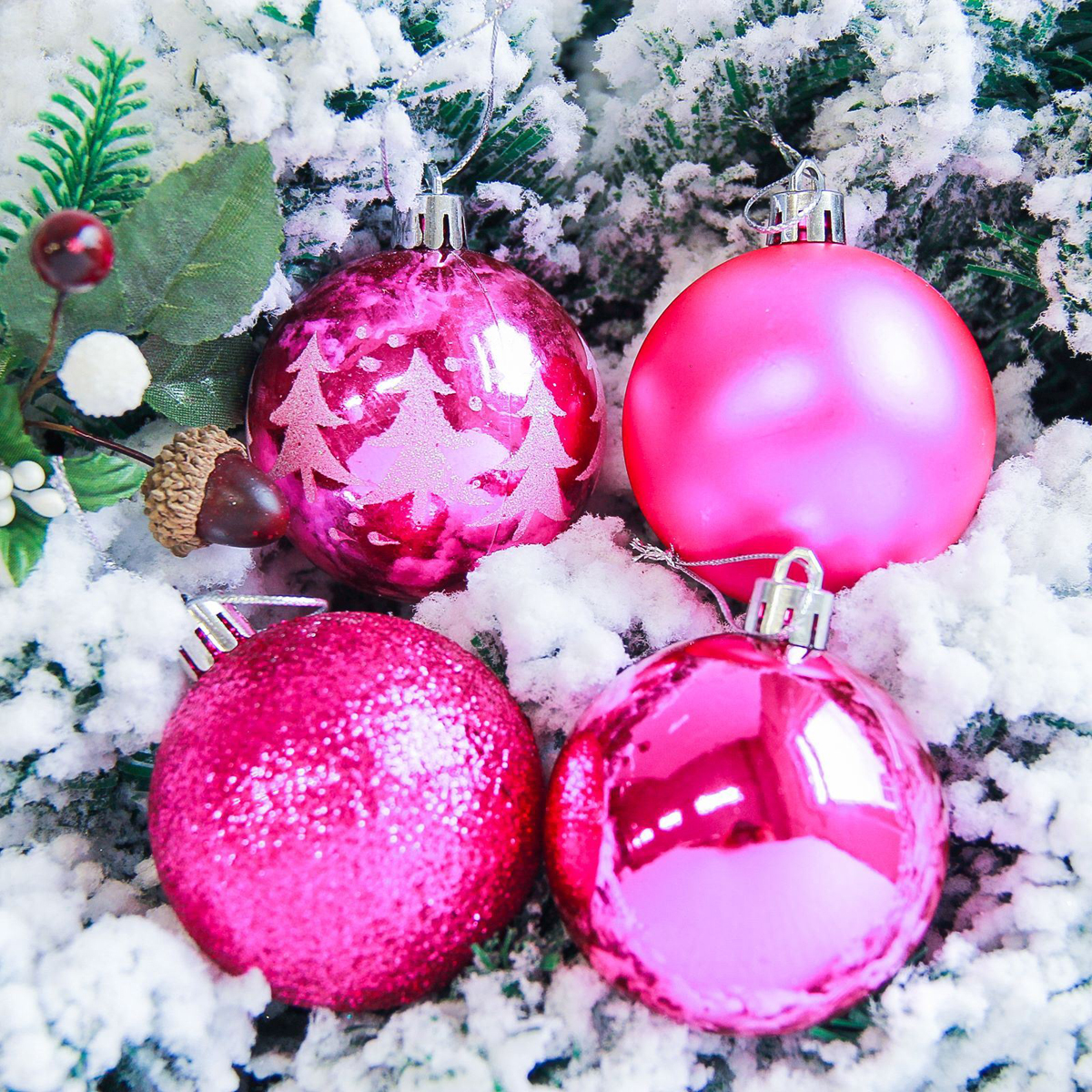 Набор новогодних подвесных украшений Sima-land Грациозо, цвет: малиновый, диаметр 6 см, 16 шт свеча ароматизированная sima land лимон на подставке высота 6 см
