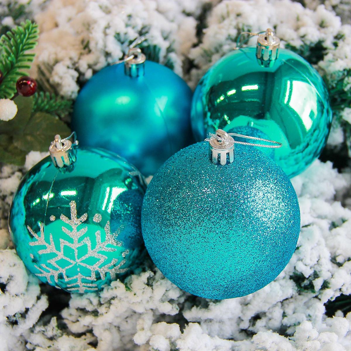 Набор новогодних подвесных украшений Sima-land Снежинка, диаметр 8 см, 6 шт. 21782842178284Невозможно представить нашу жизнь без праздников! Мы всегда ждём их и предвкушаем, обдумываем, как проведём памятный день, тщательно выбираем подарки и аксессуары, ведь именно они создают и поддерживают торжественный настрой.