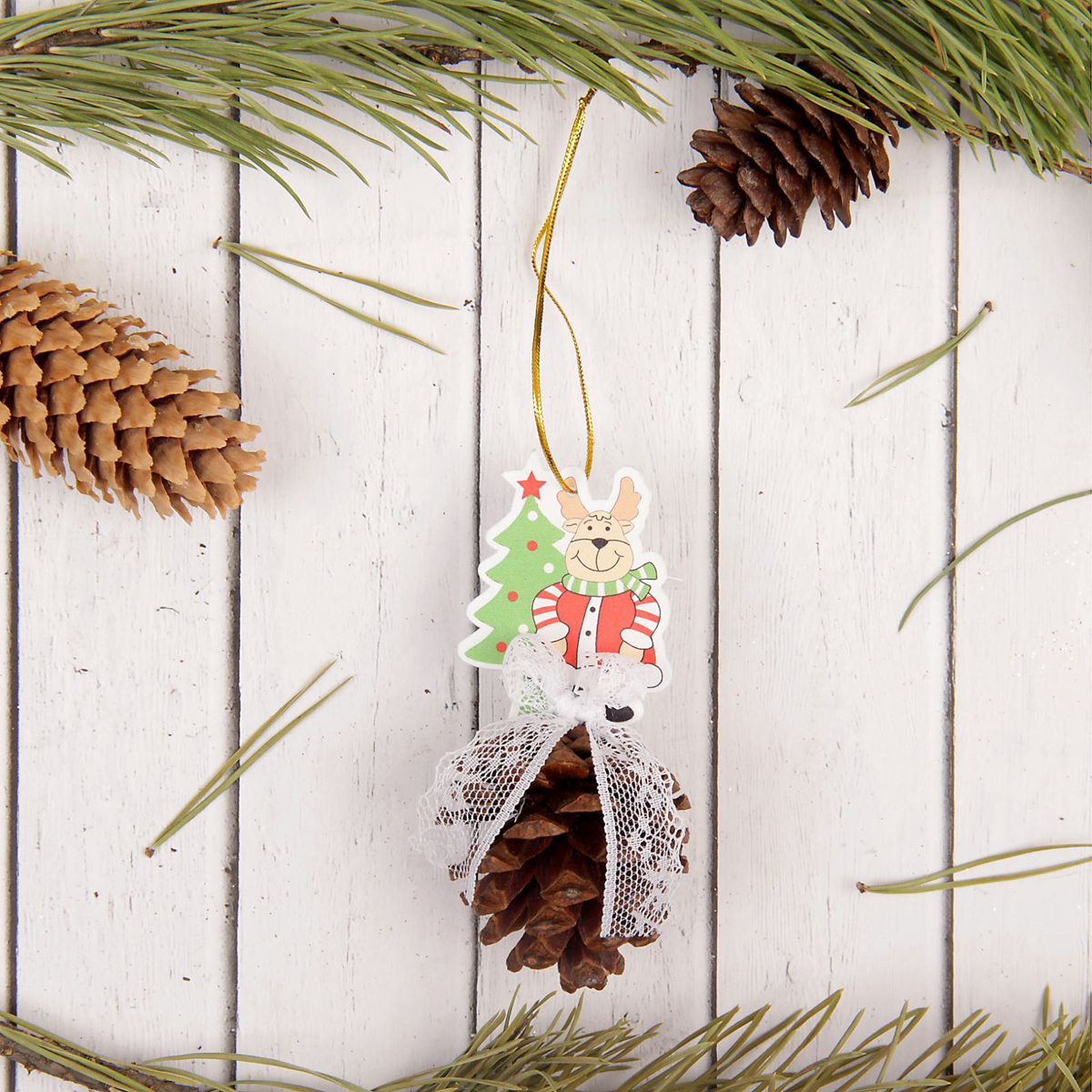 Украшение новогоднее подвесное Sima-land Олень, с шишкой, 10 см х 4,5 см х 4,5 см свеча ароматизированная sima land лимон на подставке высота 6 см