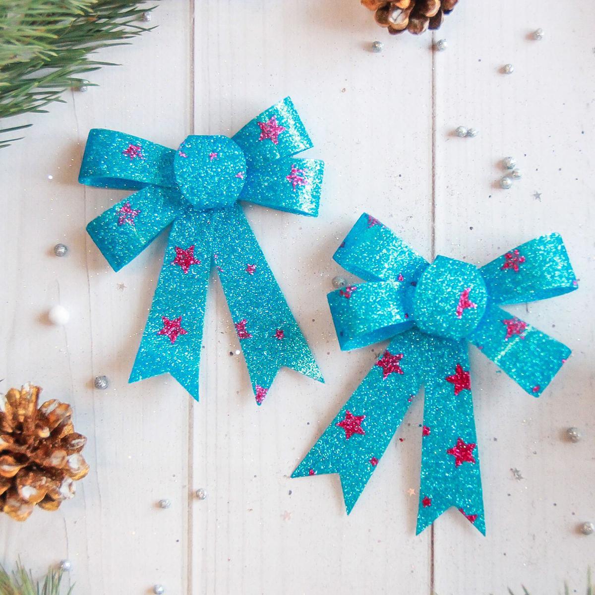 Набор новогодних подвесных украшений Sima-land Бант со снежинками, 9 х 10 см, 3 шт. 2371268 кармашки на стену для бани sima land банные мелочи цвет белый 3 шт