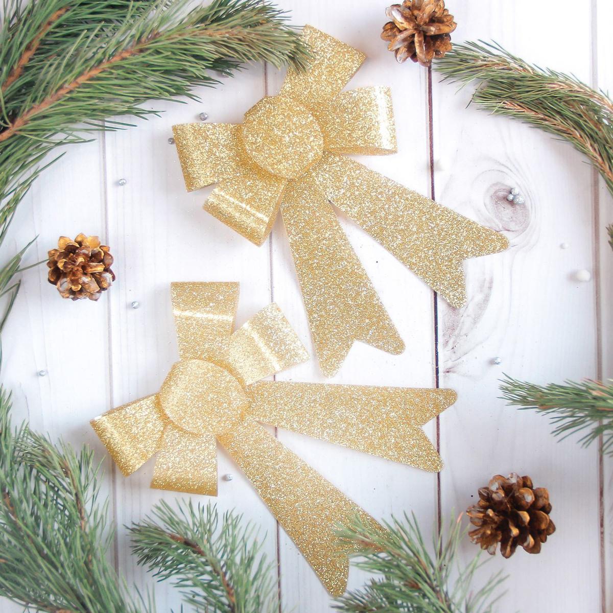 Набор новогодних подвесных украшений Sima-land Бант, 13 х 16 см, 2 шт2371274Набор новогодних подвесных украшений Sima-land отлично подойдет для декорации вашего дома и новогодней ели. Новогодние украшения можно повесить в любом понравившемся вам месте. Но, конечно, удачнее всего они будет смотреться на праздничной елке.Елочная игрушка - символ Нового года. Она несет в себе волшебство и красоту праздника. Такое украшение создаст в вашем доме атмосферу праздника, веселья и радости.