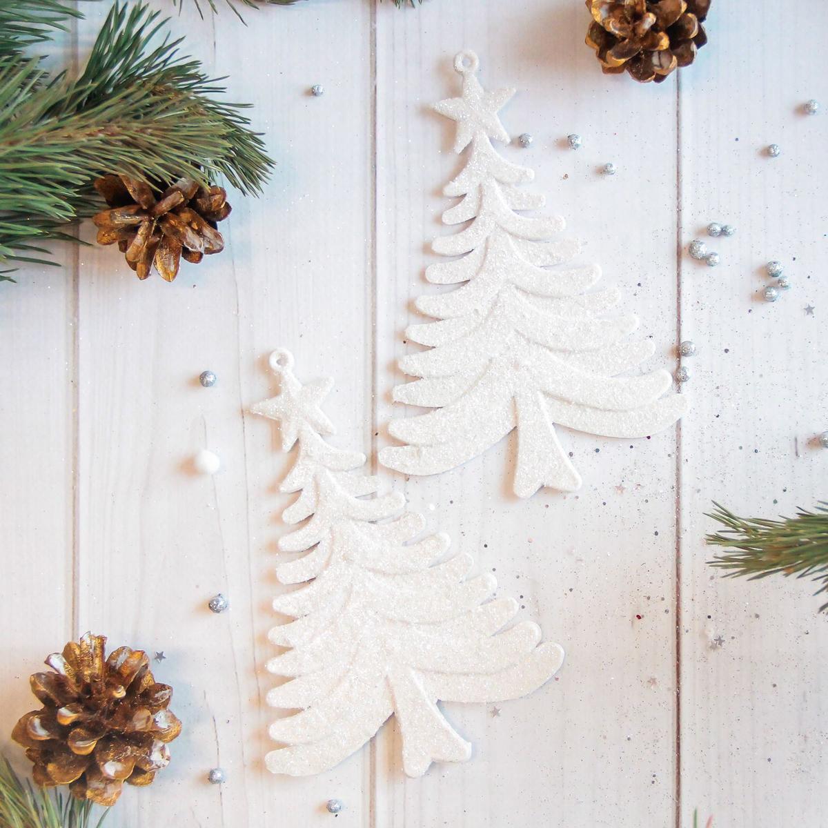 Набор новогодних подвесных украшений Sima-land Елки, 9 х 13 см, 2 шт2371303Набор новогодних подвесных украшений Sima-land отлично подойдет для декорации вашего дома и новогодней ели. Новогодние украшения можно повесить в любом понравившемся вам месте. Но, конечно, удачнее всего они будет смотреться на праздничной елке.Елочная игрушка - символ Нового года. Она несет в себе волшебство и красоту праздника. Такое украшение создаст в вашем доме атмосферу праздника, веселья и радости.