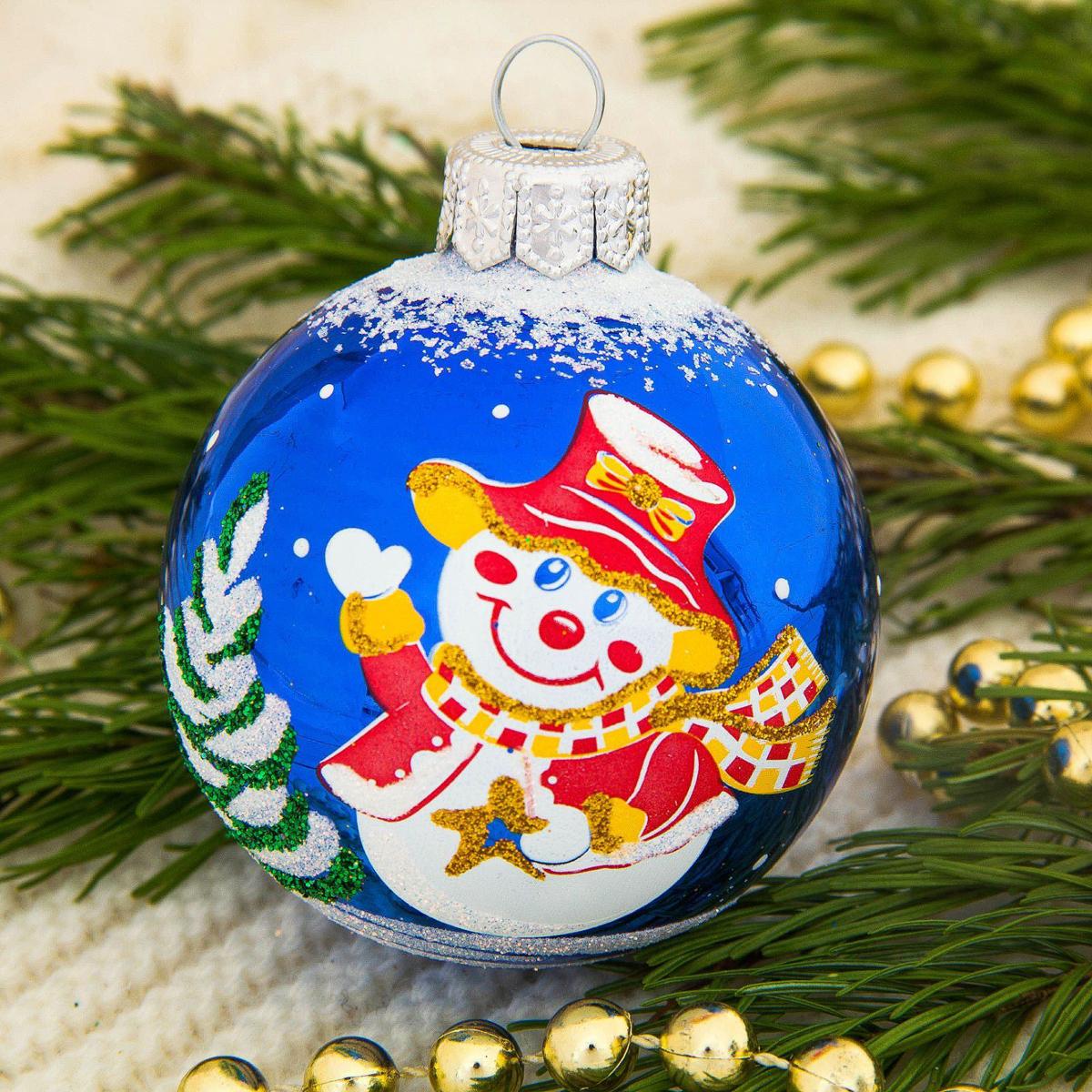 Украшение новогоднее елочное Ёлочка Снеговичок, диаметр 6 см2564833Невозможно представить нашу жизнь без праздников! Мы всегда ждём их и предвкушаем, обдумываем, как проведём памятный день, тщательно выбираем подарки и аксессуары, ведь именно они создают и поддерживают торжественный настрой.