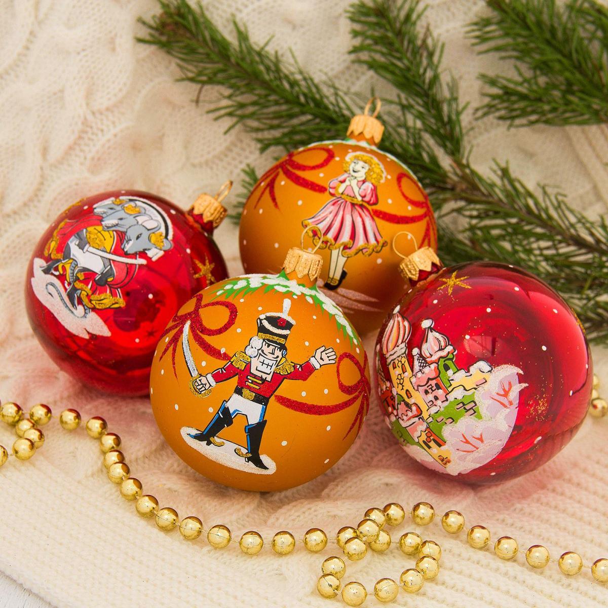 Набор новогодних подвесных украшений Ёлочка Щелкунчик, диаметр 7,5 см, 4 шт2564845Невозможно представить нашу жизнь без праздников! Мы всегда ждём их и предвкушаем, обдумываем, как проведём памятный день, тщательно выбираем подарки и аксессуары, ведь именно они создают и поддерживают торжественный настрой.
