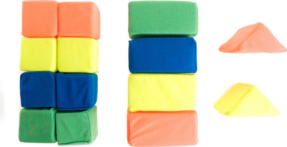 Пластмастер Набор кубиков 14 шт платье для новорожденной