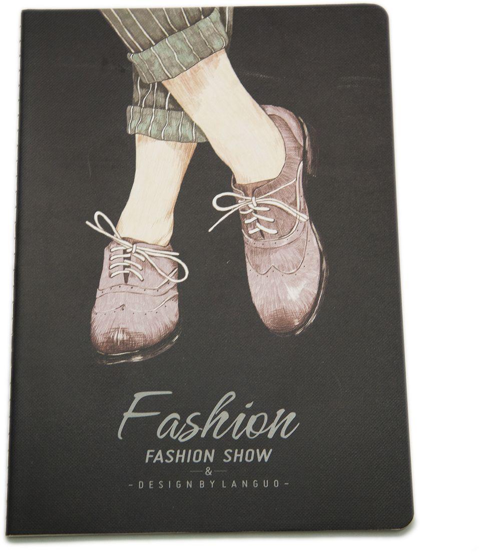 Еж-стайл Тетрадь Fashion Show Ботинки A5 44 листа в линейку0909327Тетрадь Еж-стайл подойдет как для учебы, так и для работы. Обложка тетради выполнена из картона и дополнена изображением обуви. Внутренний блок состоит из 44 листов белой бумаги. Листы тетради сшиты между собой.
