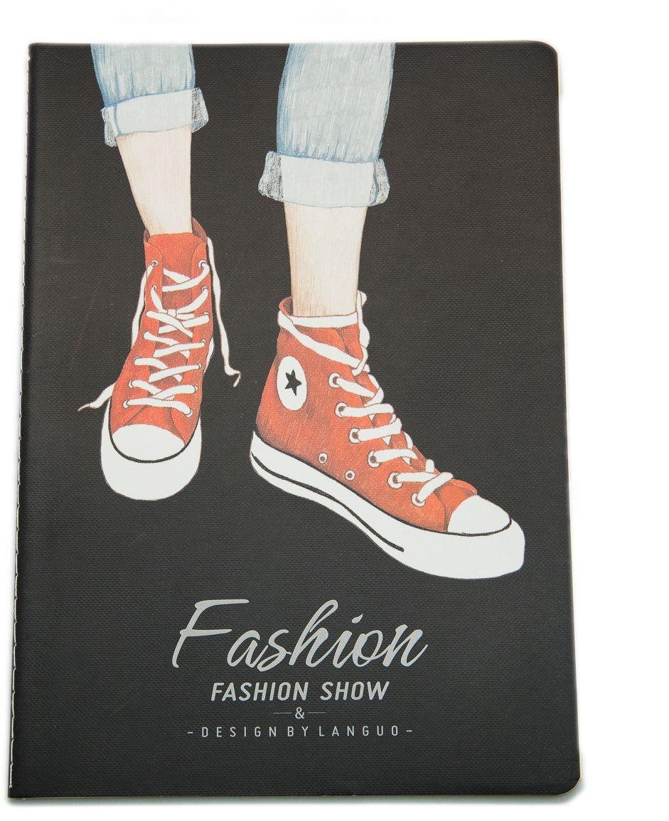 Еж-стайл Тетрадь Fashion Show Кеды A5 в линейку 44 листа0909329Тетрадь Еж-стайл подойдет как для учебы, так и для работы. Обложка тетради выполнена из картона и дополнена изображением обуви. Внутренний блок состоит из 44 листов белой бумаги. Листы тетради сшиты между собой.