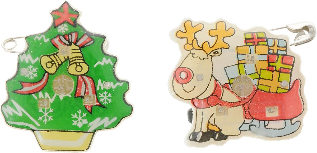 Значок светодиодный B&H Зимняя сказка. Елка и Олень, 2 штBH1072_елка и оленьЗначок светодиодный Зимняя сказка. Елка и Олень прекрасно дополнит ваш новогодний образ.Значки выполнены из пластика в виде фигурки елочки и рождественского оленя с подарками.Крепятся к одежде при помощи булавок. Значки снабжены 3 быстро мигающими светодиодами.Почувствуйте волшебные минуты ожидания праздника, создайте новогоднее настроениевашим родным и близким.Средний размер значков: 3 х 2 х 1 см. Каждый значок работает от 3 батареек типа LR41 (входят в комплект).
