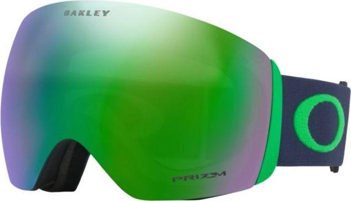 Маска горнолыжная Oakley Flight Deck, цвет: серый, зеленый0OO7050-70505000На Flight Deck инженеров Oakley вдохновили забрала шлемов летчиков-истребителей. В результате, эта маска получила непревзойденный угол обзора, широкий ремень с силиконовыми нитями для надежной фиксации и механизм быстрой смены линз. Дополнительный бонус: маска совместима с большинством моделей шлемов для катания.Особенности:Гибкая рамка оправы O Matter адаптируется под форму лица даже при сильном морозе.Широкий ремень равномерно распределяет давление на череп.Низкий профиль оправы маски и увеличенный размер линз способствуют широкому углу обзора.Тройная влагоотводящая прослойка из микрофлиса.Специальные отверстия под креплениями для ремня позволяют носить маску вместе с корректирующими зрение очками.Двойные линзы с покрытием, устойчивым к запотеванию F3 Anti-fog.100% защита от УФ излучения (UVA, UVB и UVC).Отвечает стандартам качества ANSI Z87.1 и EN 174:2001.Материал линз: Plutonite.