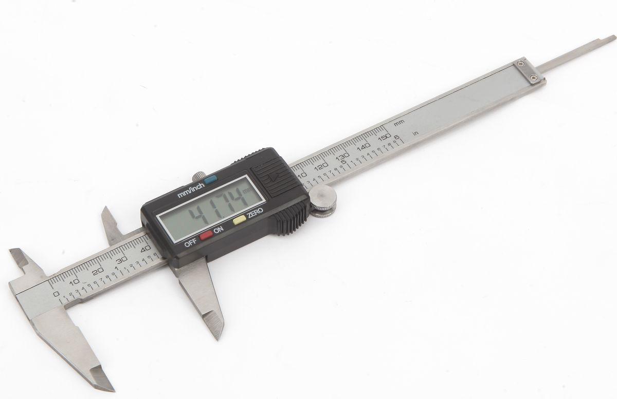 """Штангенциркуль цифровой Workpro, 150 ммW066003Высокоточный штангенциркуль цифровой 150 мм в пластиковом кейсе.Ручное включение/выключениеУстановка нуля в любом положенииКорпус из нержавеющей сталиЖК-дисплей для быстрого и легкого измерения Кнопка преобразования показаний метрических/дюймы, точность:0,02 мм/0.001""""ГлубиномерКолесо регулировки под большой палецВнутреннее/наружное измерениеДиапазон измерения: 0-150мм/0-6""""2шт LR44 элемента питания в комплекте (один установлен и один дополнительный). Размер упаковки: 250х240х150 мм Вес упаковки: 360г В транспортном коробе 36 штСтрана производства: Китай"""