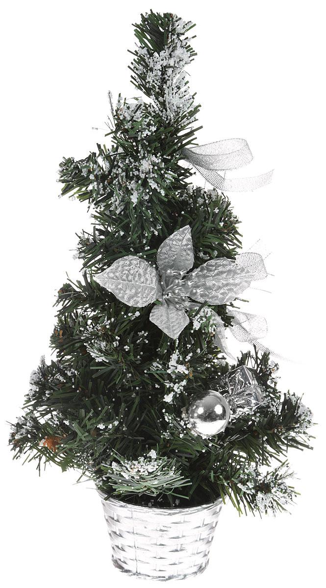 Елка настольная, цвет: серый металлик, 30 см. 819241819241Блестки, бантики и цветы создадут новогоднее настроение. Такую ель не нужно украшать – она уже нарядная. А благодаря аккуратному горшочку, в который помещена елочка, она станет прекрасным украшением любого интерьера.Для большего объема и пушистости, ветки на елке закреплены в хаотичном порядке. Ель украшена текстильными бантиками, декоративными украшениями и пенопластовой крошкой в виде снега. Новый год – любимый праздник многих. В преддверии этого чудесного времени преображается все вокруг – улицы, дома и даже люди, окружающие нас. Преобразите и вы свой дом. Отличной помощницей вам в этом станет елка декорированная Заснеженная серебряная пуансетия.