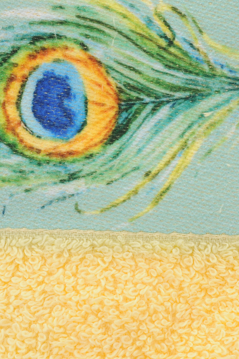 """Банное полотенце Aquarelle """"Фотобордюр. Павлин 1"""" выполнено из махровой ткани и оформлено принтом перьев павлина. Изделие отлично впитывает влагу, быстро сохнет, сохраняет яркость цвета и не теряет форму даже после многократных стирок.  Такое полотенце очень практично и неприхотливо в уходе."""